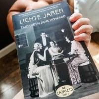 Books 'n Blogging: The Light Years (Cazalet Chronicles, Volume 1)- Elizabeth Jane Howard